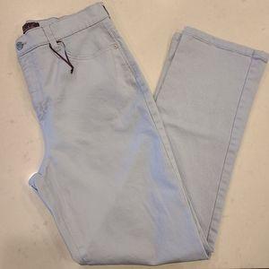 Gloria Vanderbilt Womens Amanda Light Blue Jean